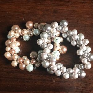 Set of 2 Pearl Bracelets